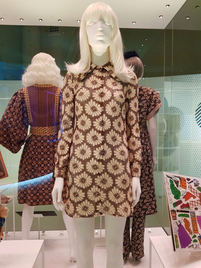 Mary Quant Collar Dress