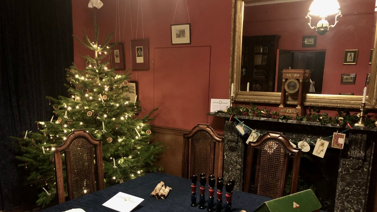 Victorian Trees and Tudor Pies: Exploring Customs of Christmas Past